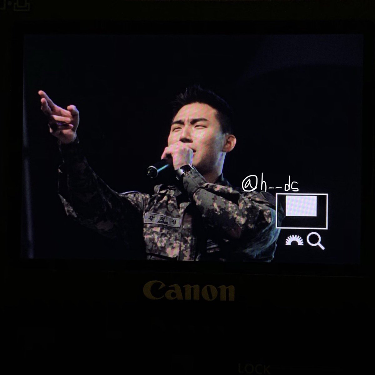 photos-videos-2019-04-26-bigbang-daesung-and-taeyang-at-city-of-daejeons-harmony-festival-day-1