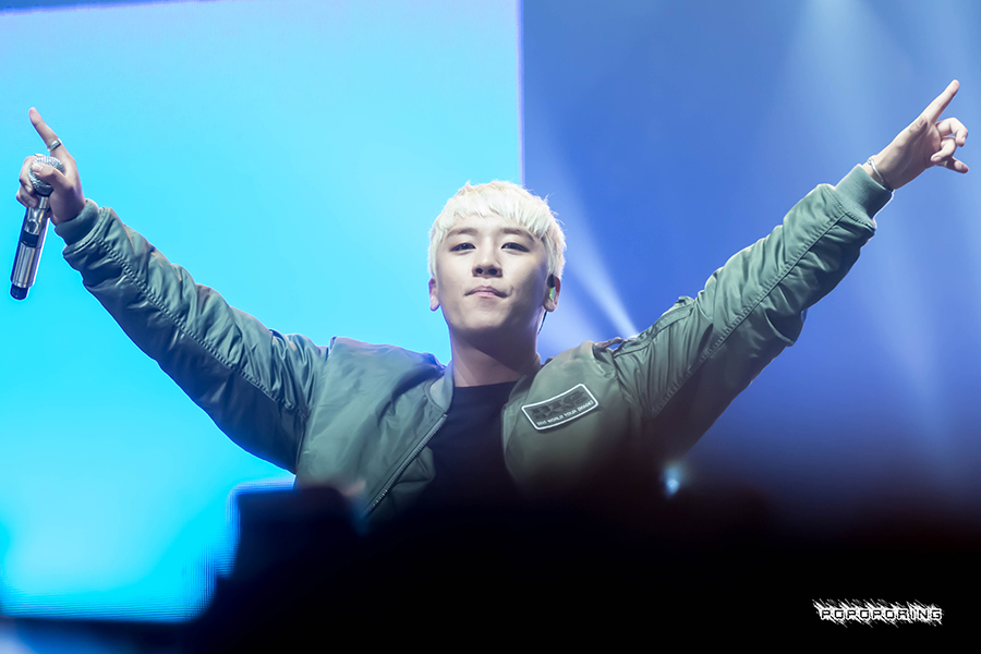 BIGBANG_MADE_in_Anaheim_by_popoporing_2015-10-04_7.jpg