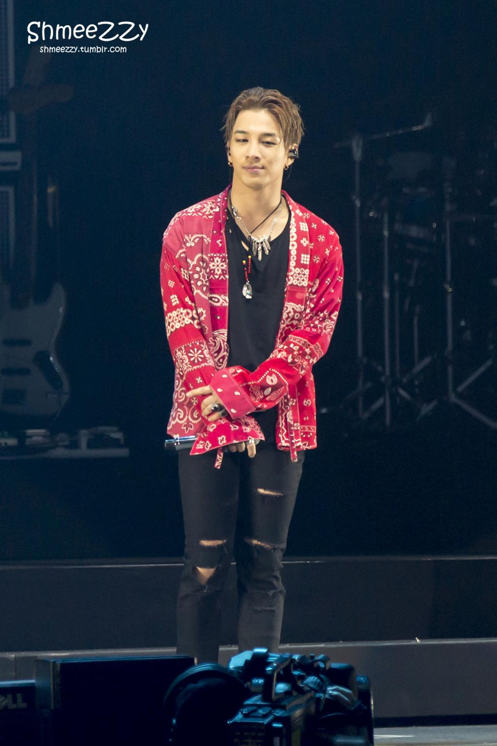 BIGBANG_Newark_Day_1_2015-10-10_HQs_by_shmeezzy_004.jpg