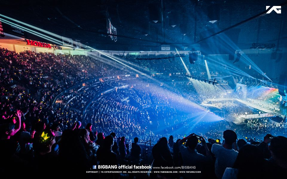 BIGBANG_official_photos_MADE_in_Anaheim_2015-10-04_3.jpg