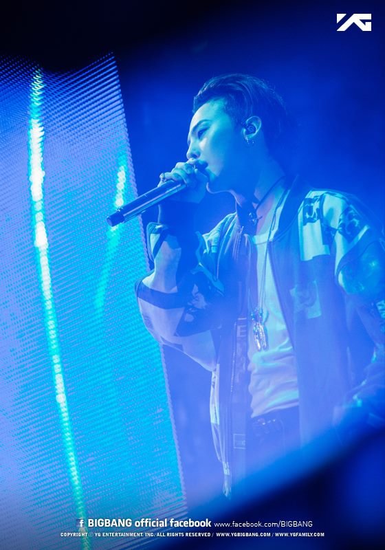 BIGBANG_official_photos_MADE_in_Anaheim_2015-10-04_8.jpg
