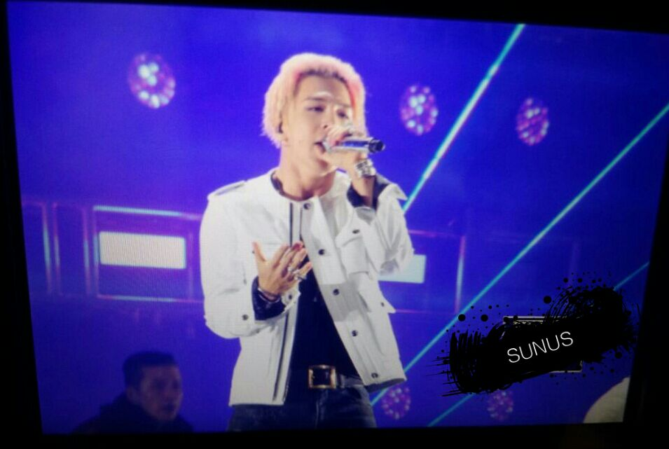 Big_Bang_-_Made_Tour_2015_-_Wuhan_-_28jun2015_-_SUNANDUS_-_08.jpg