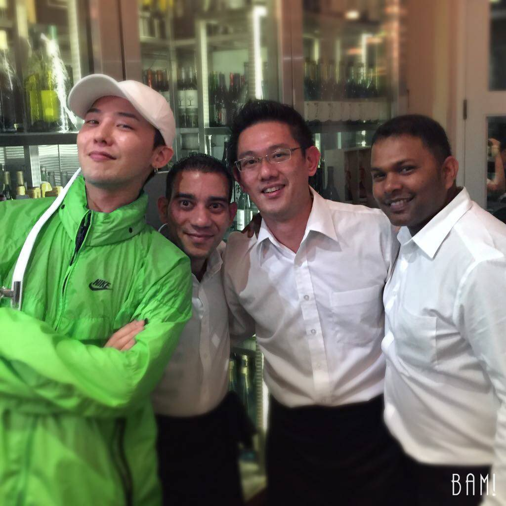 seungri-and-gd-at-restaurant-in-singapore-october-2016-6