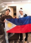 "SANDARA PARK and SEUNGRI's Friendly Shot… For the Fans in the Philippines, ""Thank You!"""
