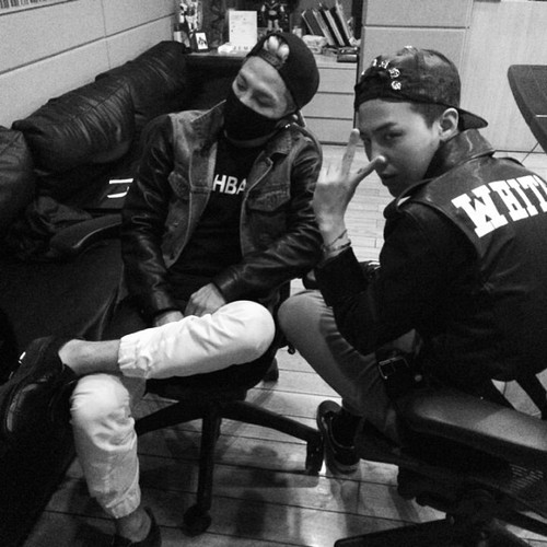 Instagram Update by Taeyang: Studio chilling @xxxibgdrgn by...